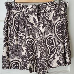 H&M Perfect paisley pattern shorts